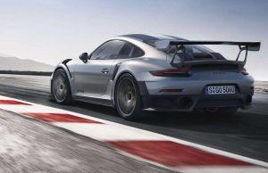 Porsche 911 GT2 RS - Le auto più potenti del mondo
