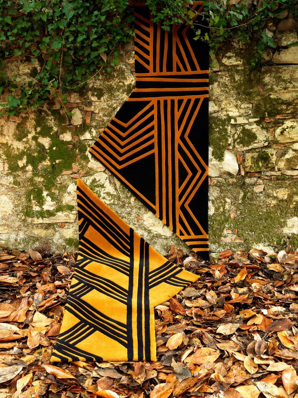 Carpet Edition_Siamo Tutti Uno_Urihi Black_Kyrin Gold_2